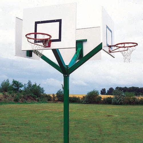 Tour de basket 4 têtes, galvanisé à chaud à hauteur de 2, 60m, à sceller / l'unité