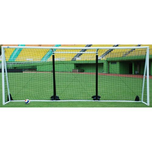 But de foot/beach-soccer gonflable de 5,50m x 2,20 m