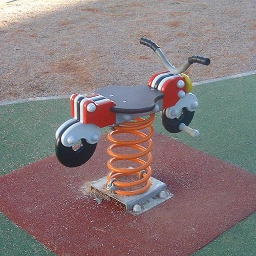 BALANCOIRE EXTERIEURE SUR RESSORT MOTO
